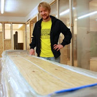 Workshop teaches you how to build your own skis/snowboard
