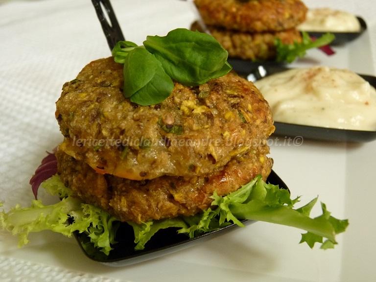 Polpette di melanzane con zucchina trombetta gialla cotte for Cucinare zucchine al forno