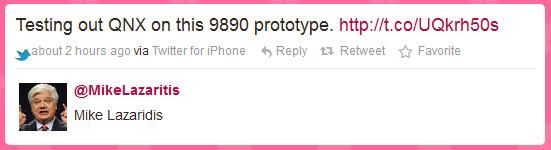 Esta tarde la cuenta de Twitter @MikeLazaritis, una cuenta que hace parodia de uno de los jefes de RIM, Mike Lazaridis ha publicado el siguiente tweet. Según este usuario está probando un prototipo BlackBerry, modelo 9890 y que sería el primer modelo corriendo el sistema operativo QNX, aquí os dejo la imagen. Ahora bien… ¿se trata del verdadero dispositivo con QNX? ¿se trata de un montaje fotográfico con Photoshop? Personalmente no acabo de creerme que su estructura sea la misma que la Torch 9860, así que doy por sentado que se trata de un fake, pero ¿piensan que puede ser