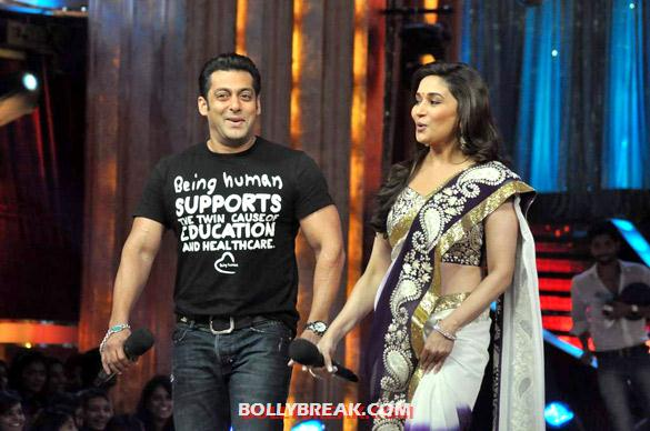 Salman Khan, Madhuri Dixit - (16) - Salman & Katrina on the sets of 'Jhalak Dikhhla Jaa 5'