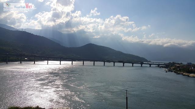 Phong cảnh tại Huế, gần Lăng Cô