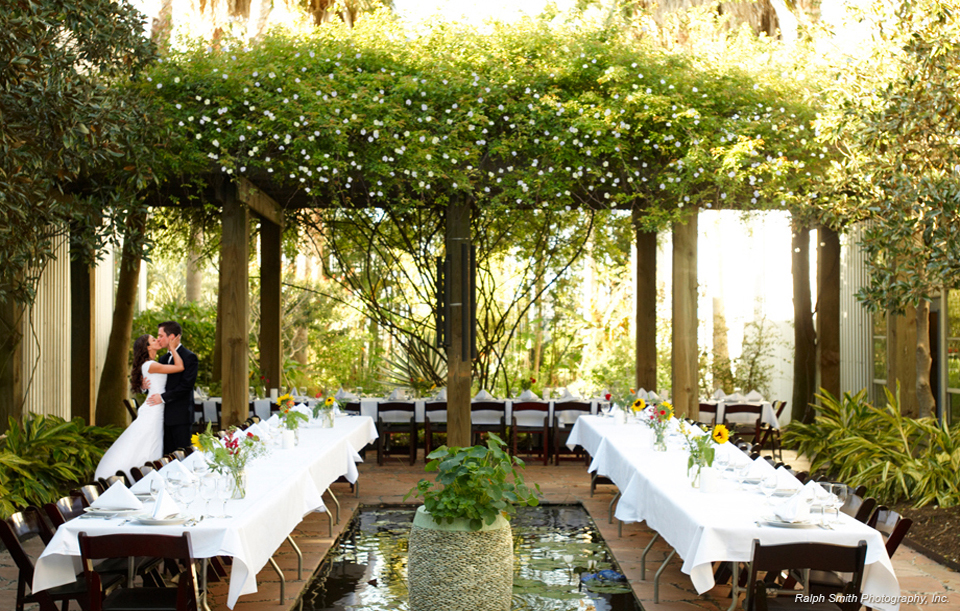 Hire A Perfect Venue For The Wedding