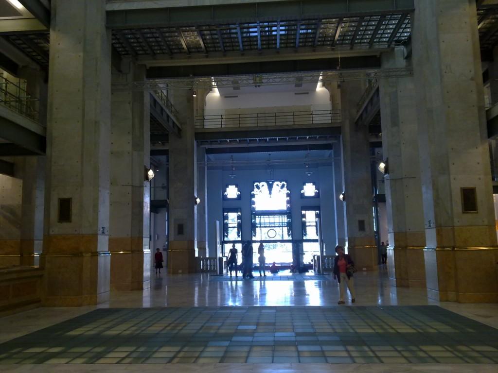 Paralelos y meridianos edificio de correos madrid for Edificio correos madrid