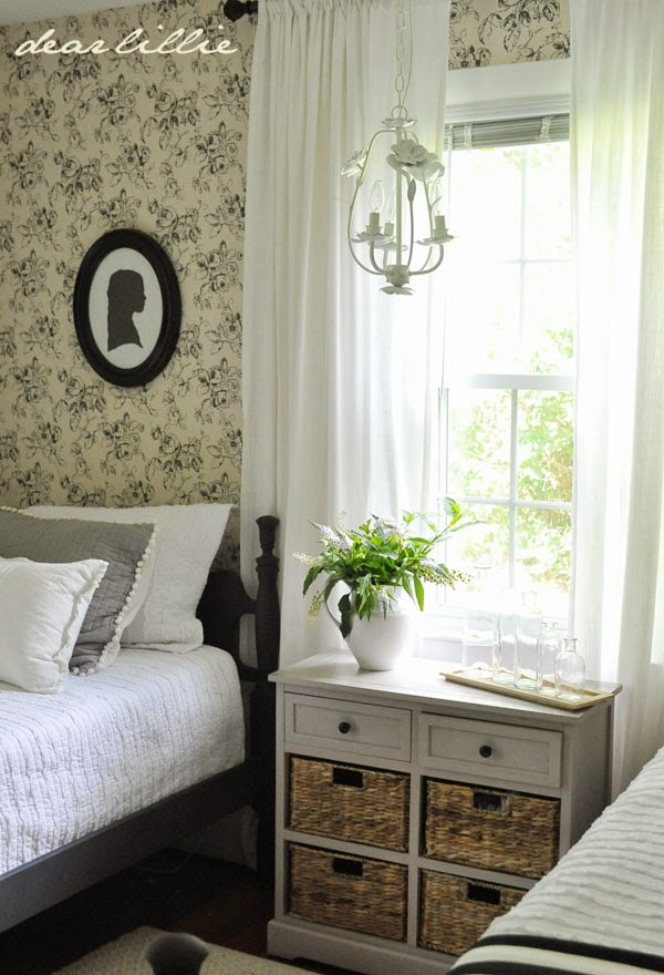 touches to lillie and lola 39 s old fashioned new england bedroom