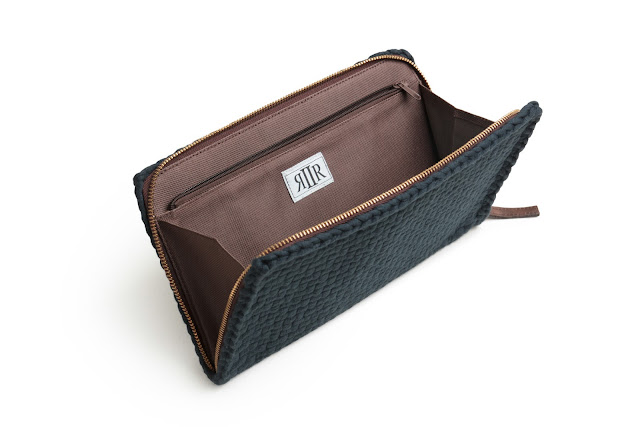 Rags2Riches Matt Travel Wallet | Benteuno.com