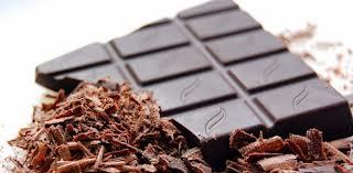 τα καλά της μαύρης σοκολάτας