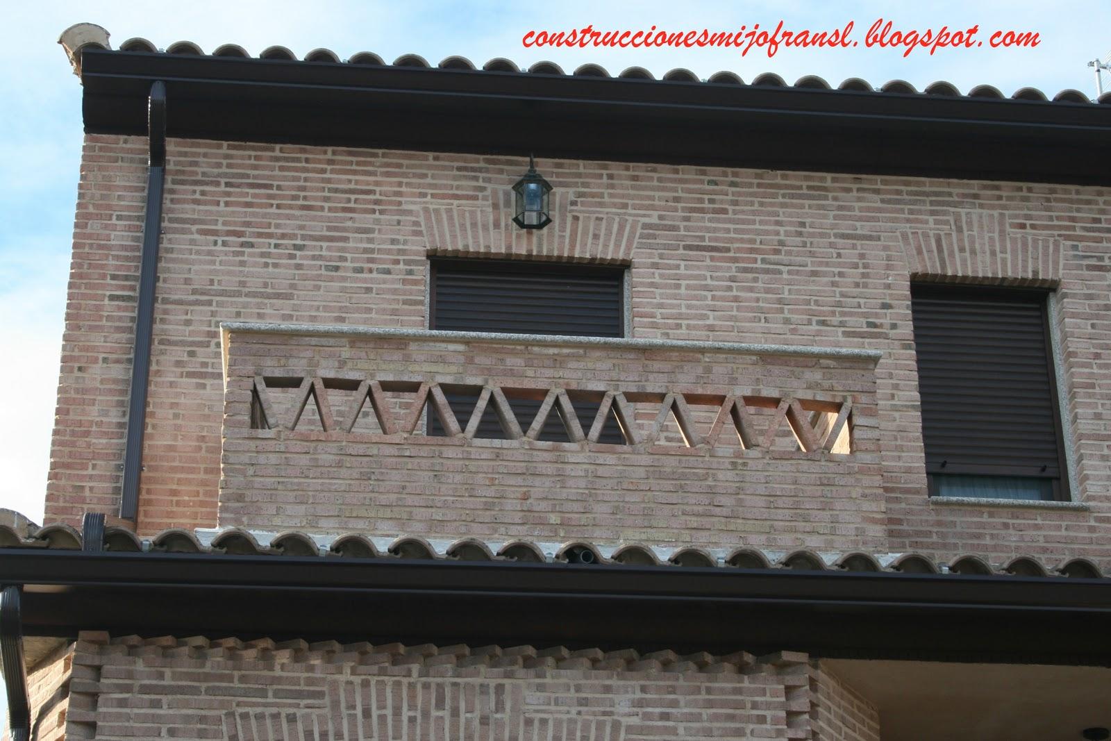 Construcciones mijofran s l casa de ladrillo envejecido for Casas de ladrillo visto fotos
