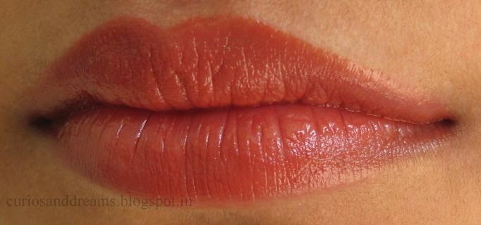 LOreal Colour Riche Lipstick, Laetitias Champagne 115