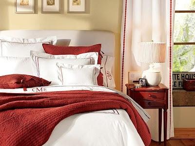 quarto de casal vermelho