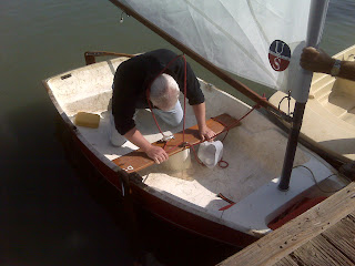 http://3.bp.blogspot.com/-VhOSjeNBNTQ/T3v3yoq2UkI/AAAAAAAABVg/p_Jym2xr8sA/s1600/adamsboatrace.jpg