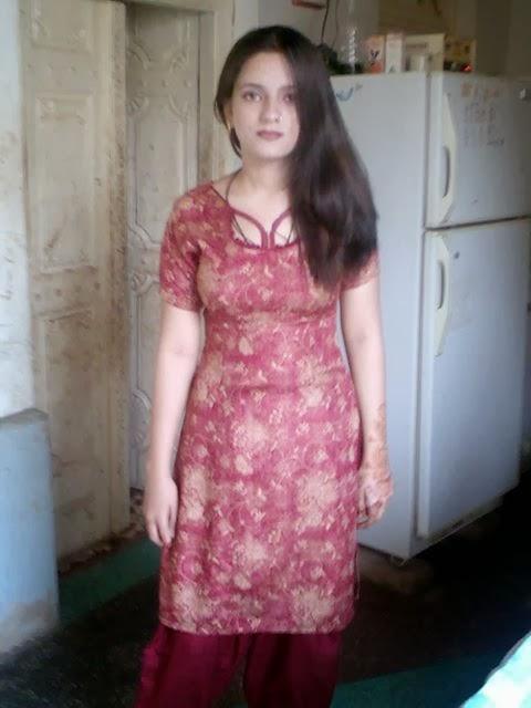 hot punjabi hostel girl poonam kaur skin show exposing