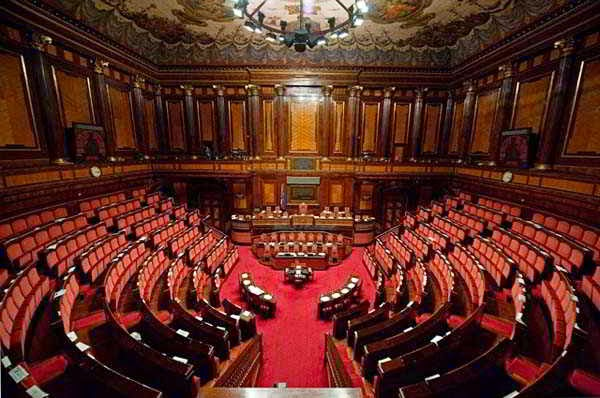 Italian facts italian senate renzi 39 s reform for a non for Senato italia