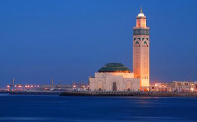 Revolusi Ilmiah - Pemandangan laut di Masjid Hassan II