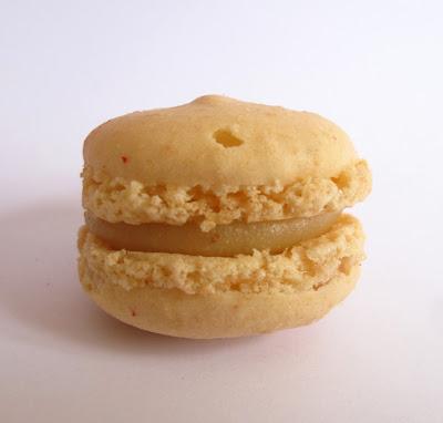 Pâtisserie Carl Marletti Paris : macaron amande