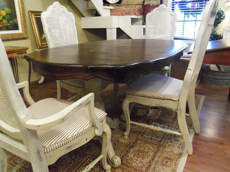 Springvalleyjunktique dining table with four chairs in for Painted dining tables and chairs