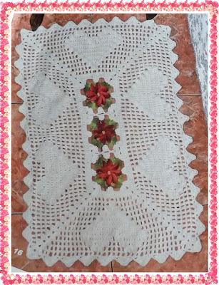 Tapete de Crochê com Flor, Coração e Gráfico