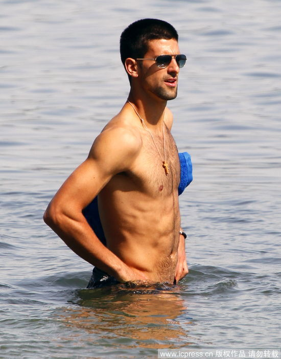 andy murray bulge. andy murray bulge. Studly andy murray, djokovic