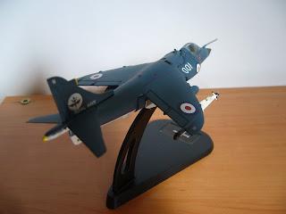 colección de aviónes en miniatura Sea Harrier
