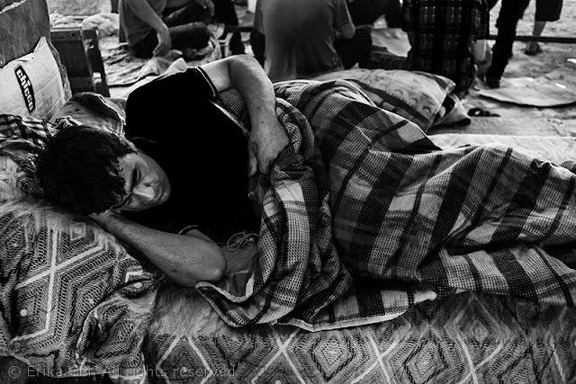 Silos Trieste migrante dorme