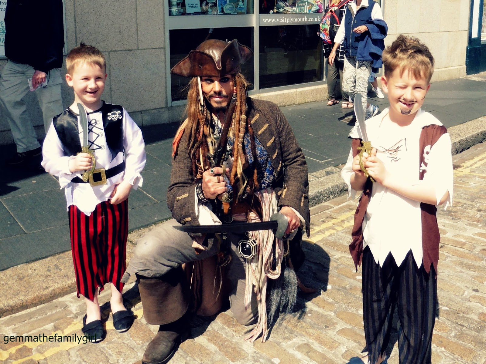 captain, jack, sparrow, cosplay, jonty, depp, dress up, fancy dress, pirate, weekend, plymouth, sutton harbour, blogger,