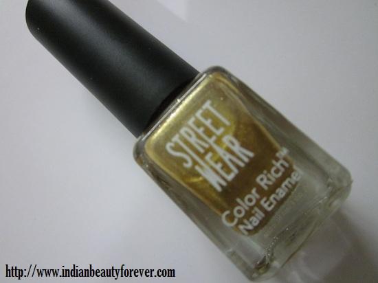 Streetwear nail polish