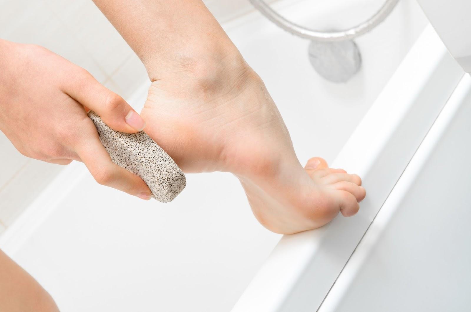 Как почистить пятки в домашних условиях : m 66