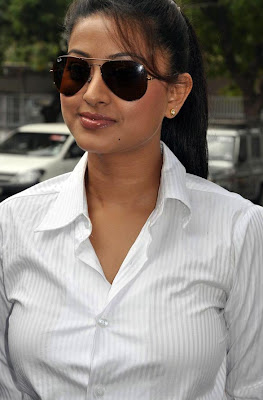 suava and majestic Sneha in white shirt