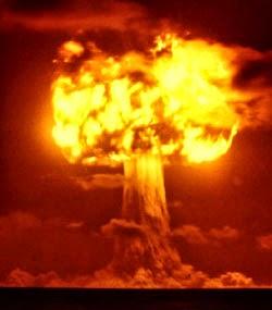 La bomba atomica essa medesima