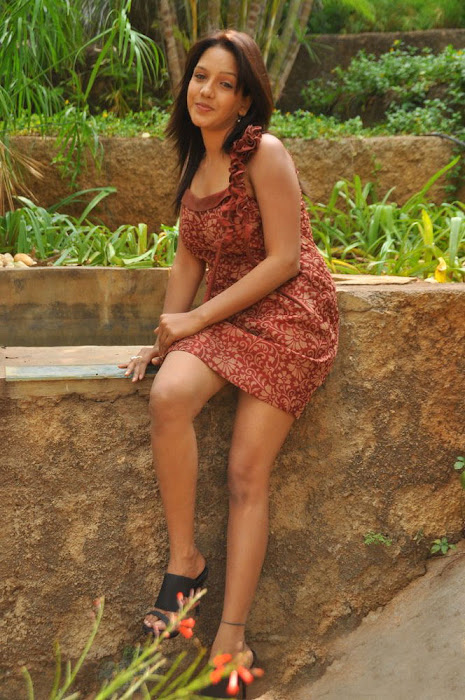 pavani reddy new , pavani photo gallery