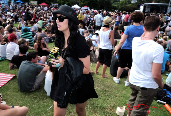Black hat, dress boots, empty cans, Street photography, Newtown Festival, Fujifilm X-Pro1