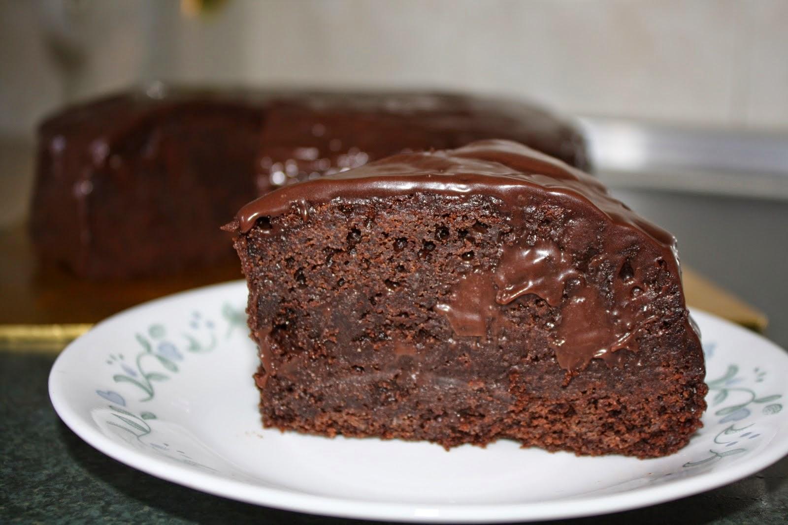 طريقة عمل كيك بصوص الشوكولاته