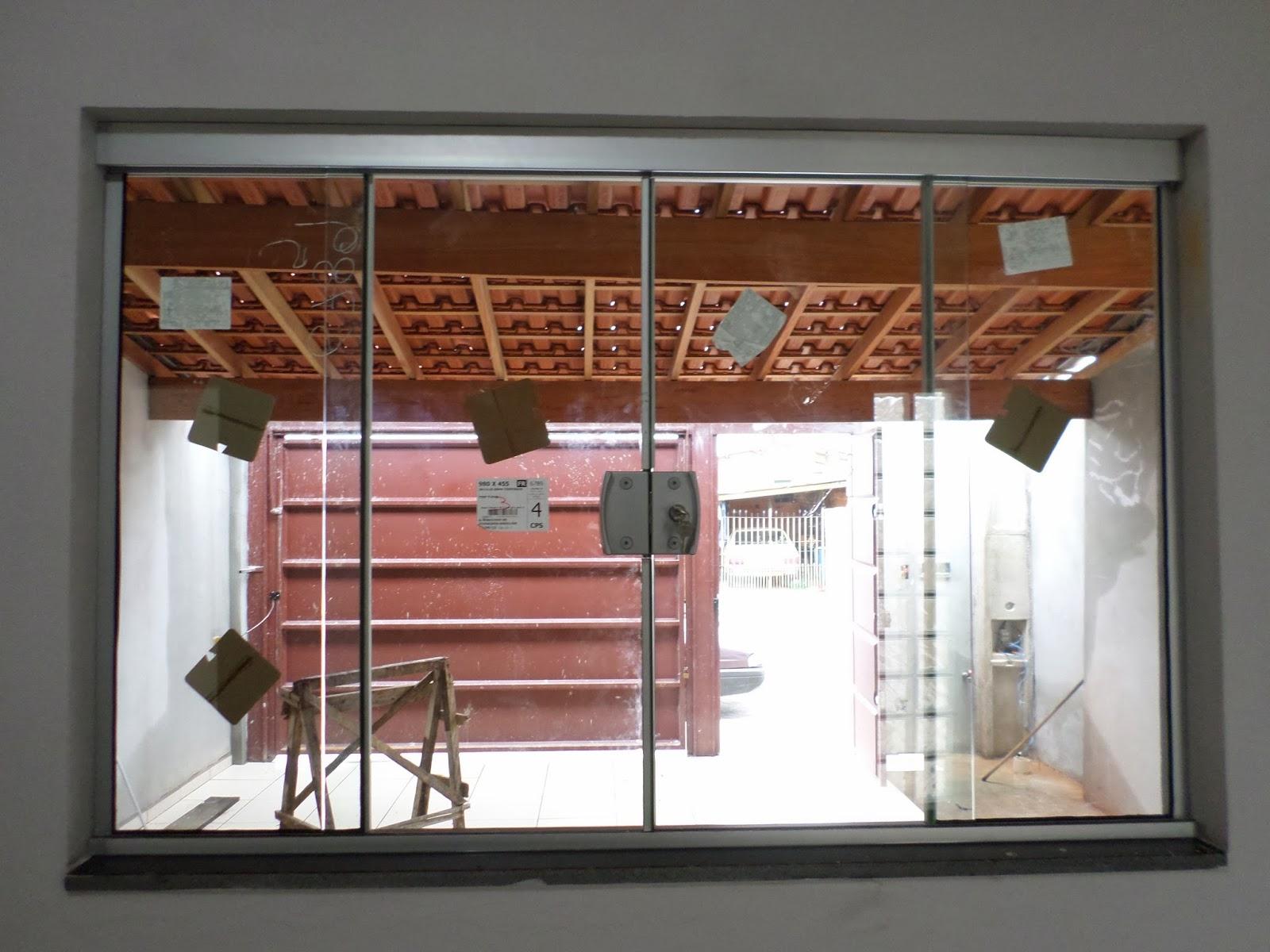 #6B3F2D Janela de 1 50 de largura por 1 00 de altura 10 Janelas De Vidro Com Aluminio Fosco
