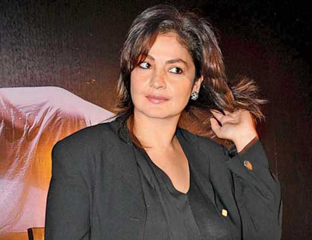 Pooja Bhatt Wallpapers Pooja Bhatt hd Wallpaper