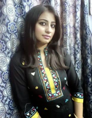 Beautiful+Shu+and+Bold+Indian+Girls+Images004