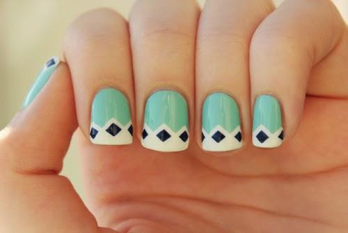 lindos colores de esmalte para obtener buenos decorados de uñas
