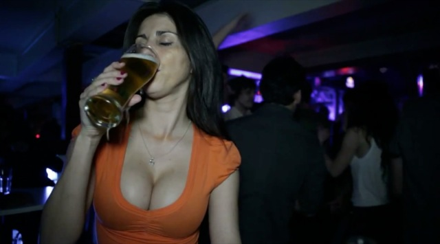 porno mujeres multiorgasmicas una cerveza
