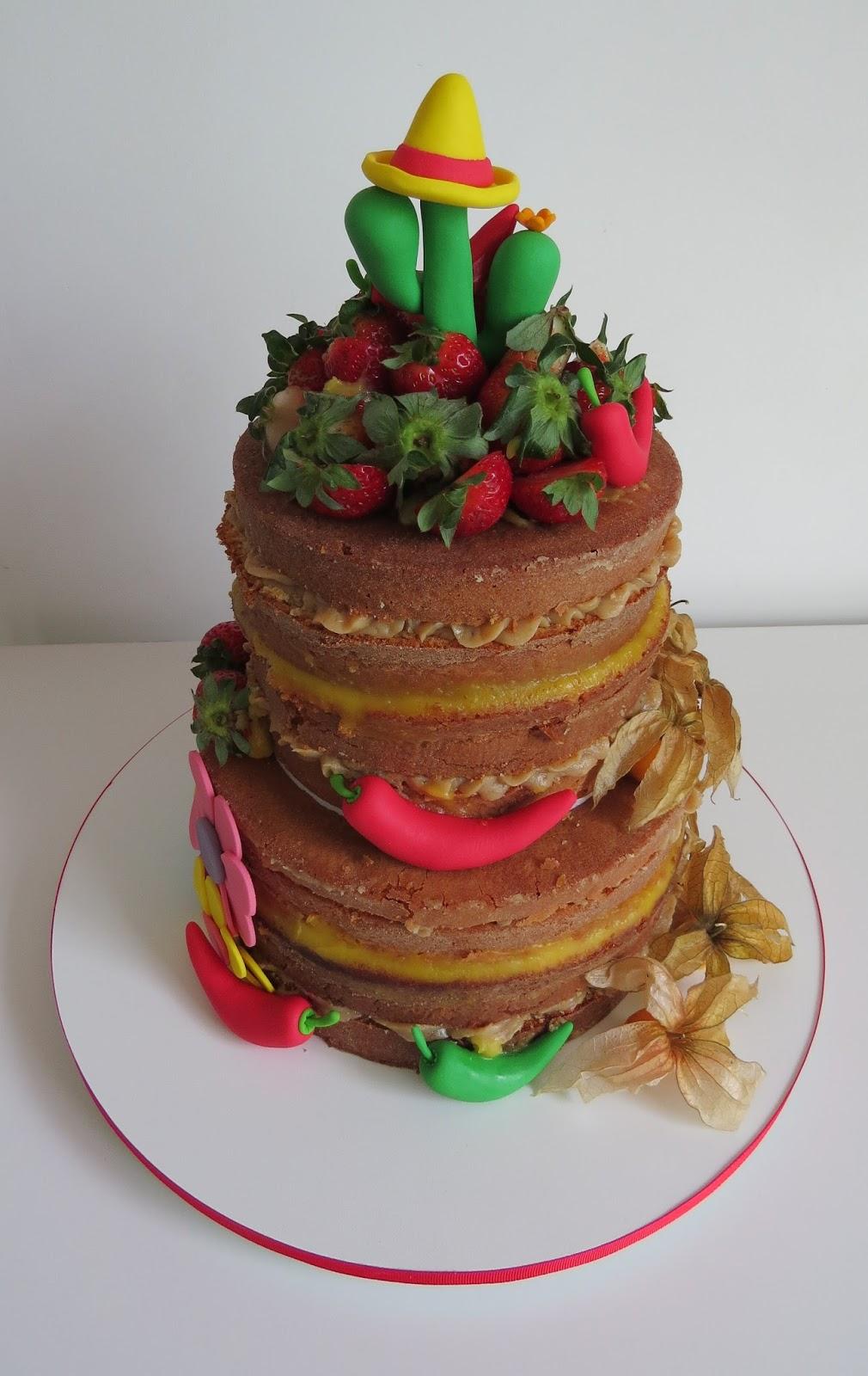 Naked Cake de frutas para uma festa mexicana. 7cfbdefe55c