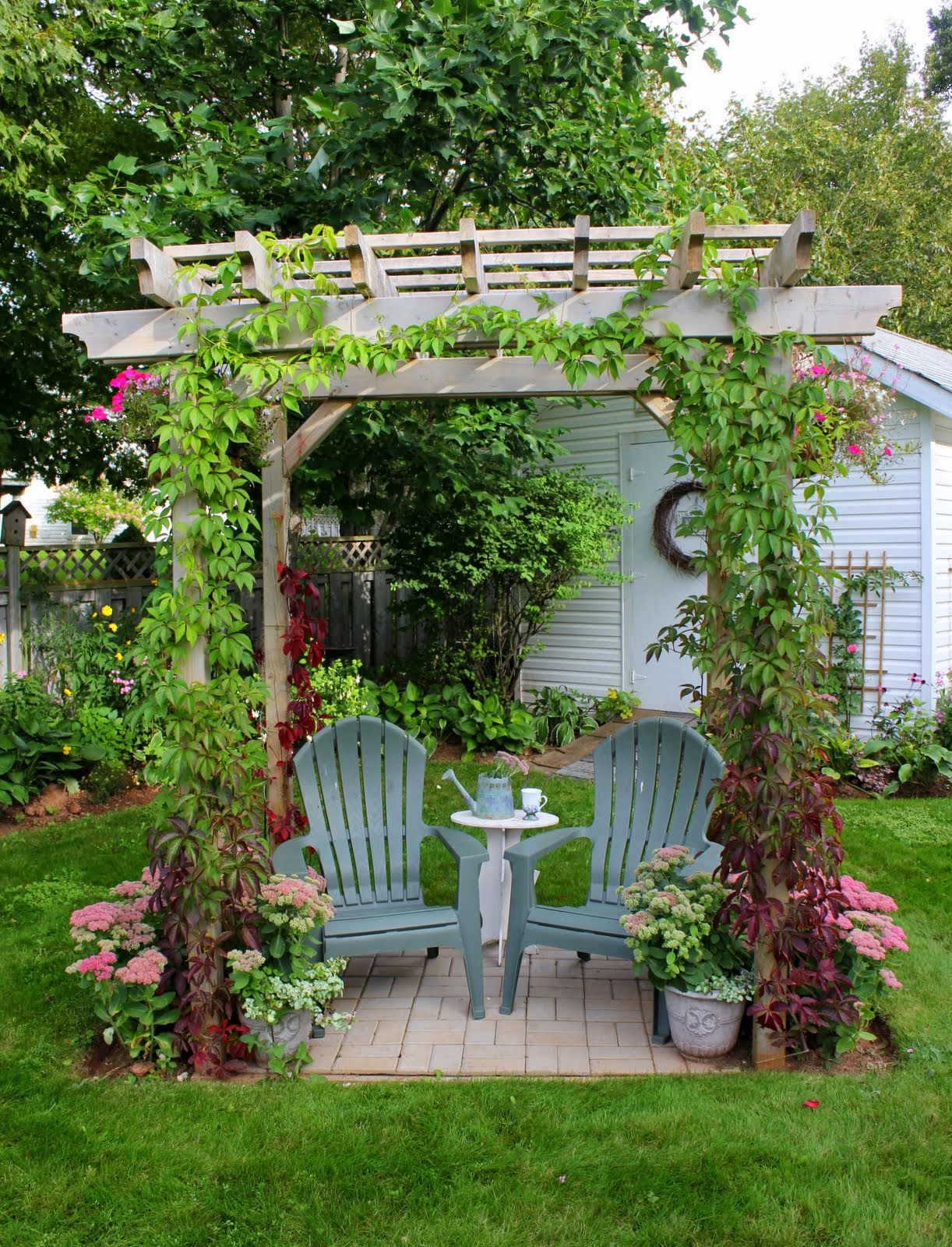 Aiken house gardens beautiful island home for Beautiful house with garden