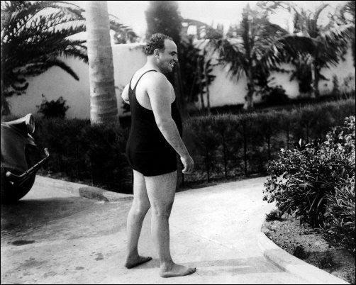 Al Capone en bañador.