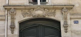 Balcon du 136 rue du Bac à Paris