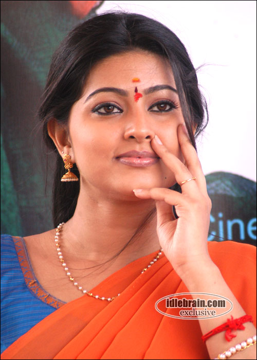 high definition wall papers sneha pics