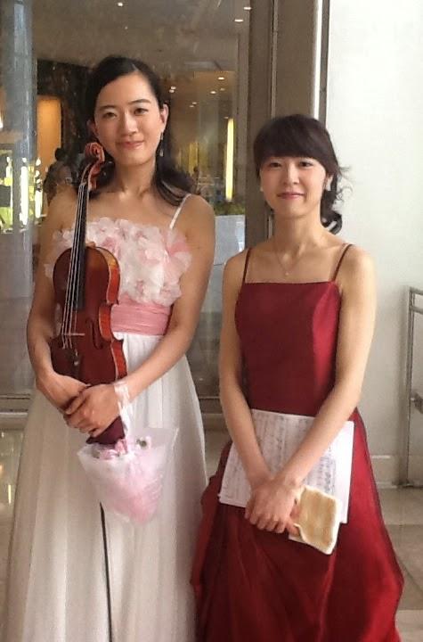 ヒルトンプラザ アトリウムコンサート 東城彩香 ヴァイオリン