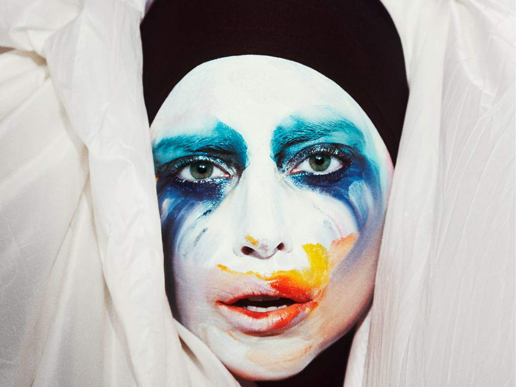 Sense. lady gaga applause