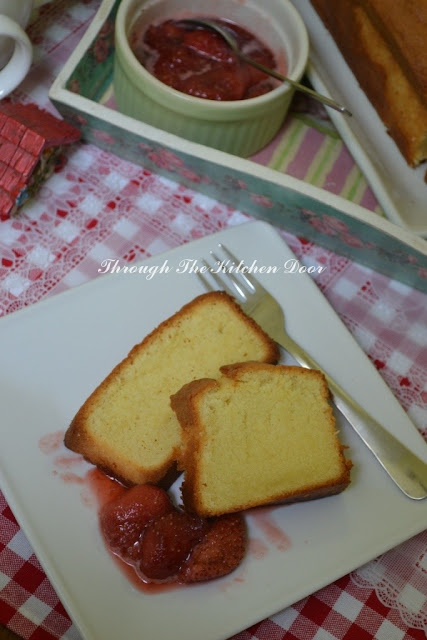 Through The Kitchen Door Tish Boyle S Luxe Pound Cake