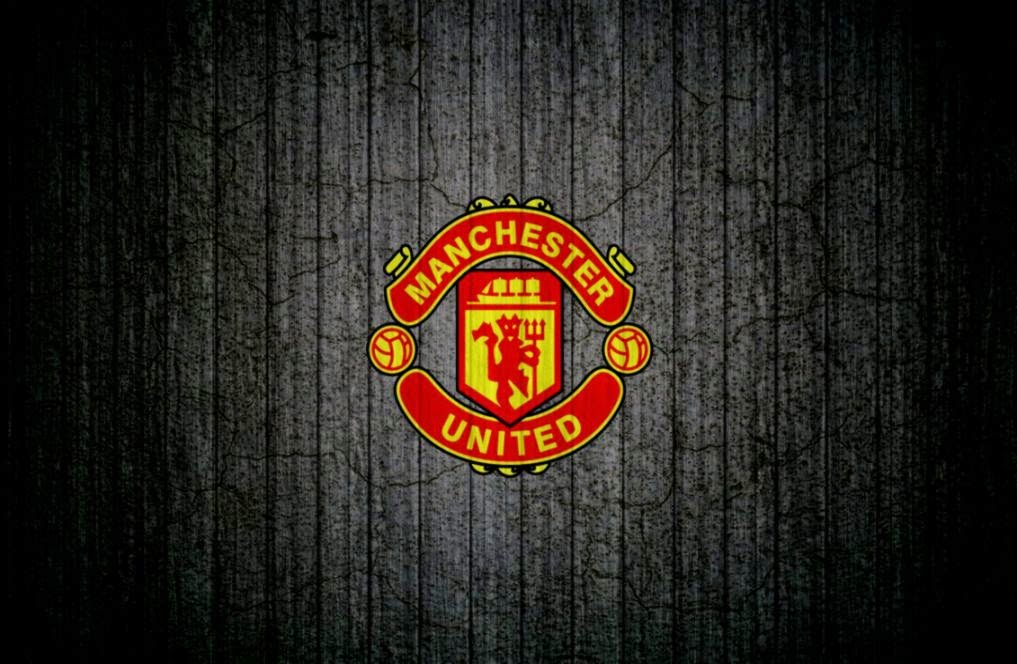 Manchester united Football Club Wallpaper  Download Pictures and