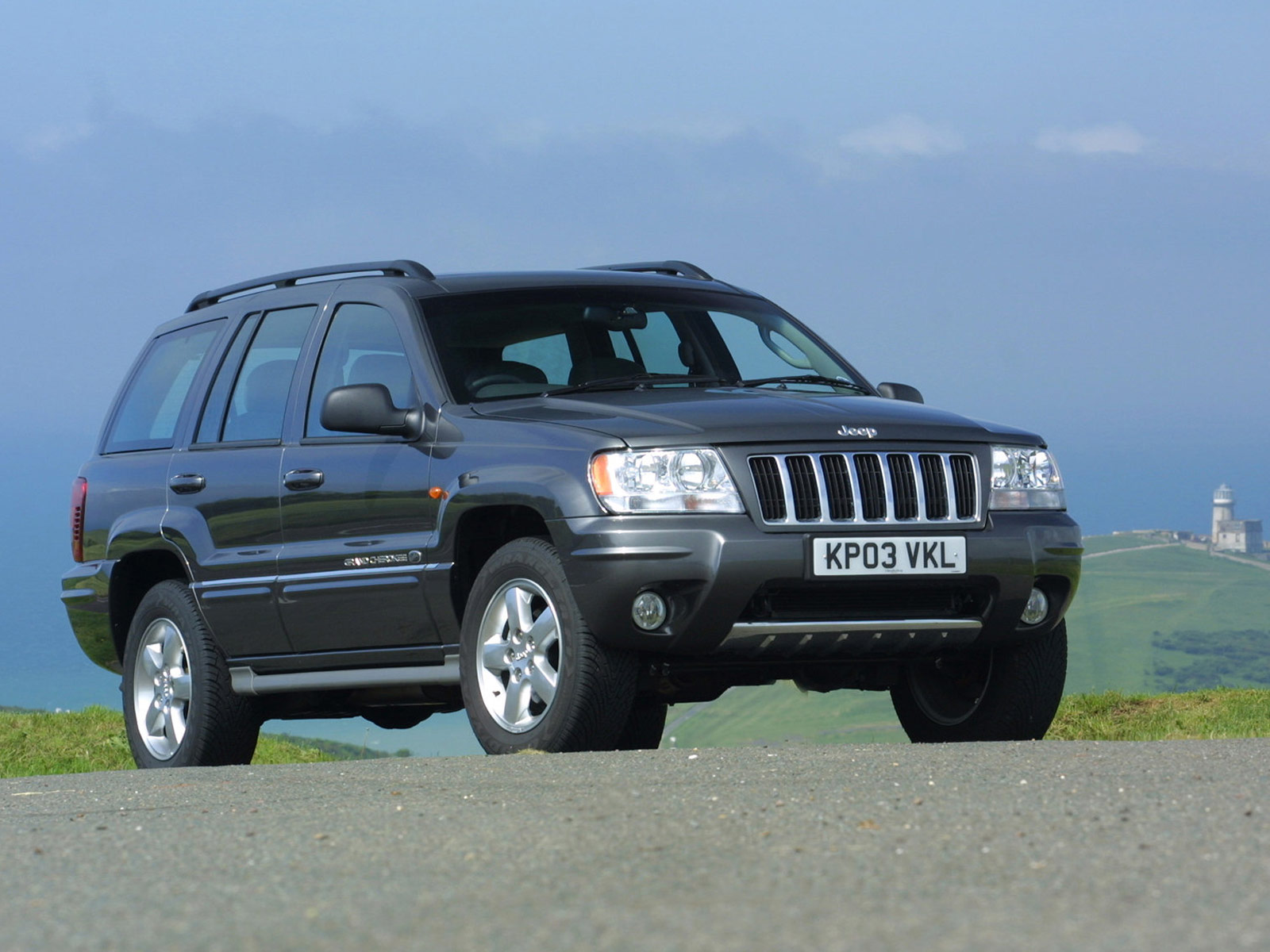2003 jeep grand cherokee uk version wallpaper auto trends magazine. Cars Review. Best American Auto & Cars Review