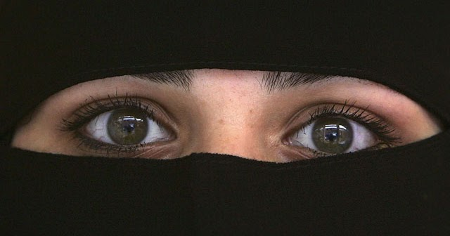woman parda in islam Why muslim women wear the veil rating: font size: description: even in the face of adversity muslim women choose to obey god category: articles current issues women.