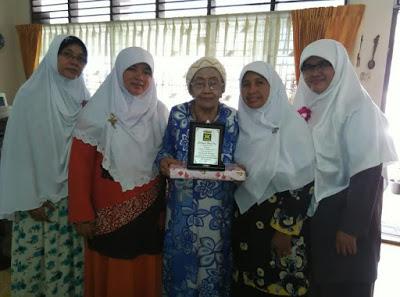 Sambut Hari Ibu, Bidpuan PKS Sumut Kunjungi Tokoh Perempuan