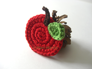 Crochet Miniature Apple