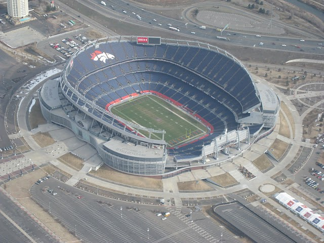 Old Mile High Stadium Seats http://greylander08.blogspot.com/2012/09/best-stadiums-in-nfl.html
